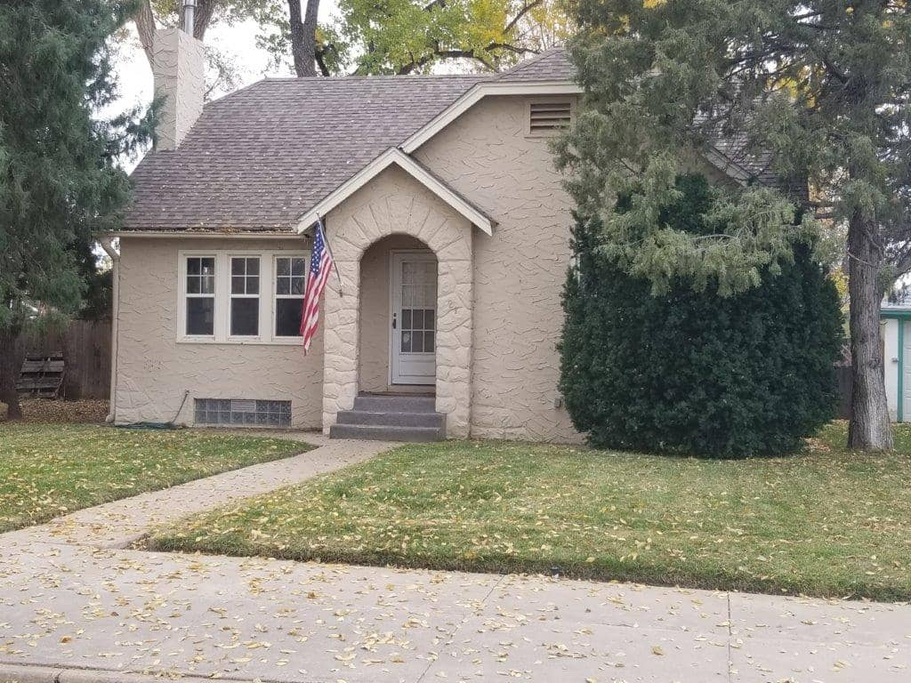 New Listing in Paseo Place