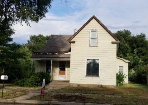 New Listing! Investment or Fixer Upper!