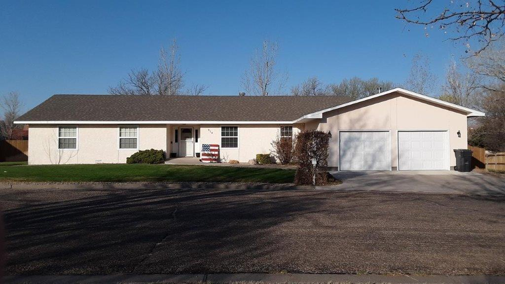New Listing in Willow Valley! 815 WV Dr, Lamar
