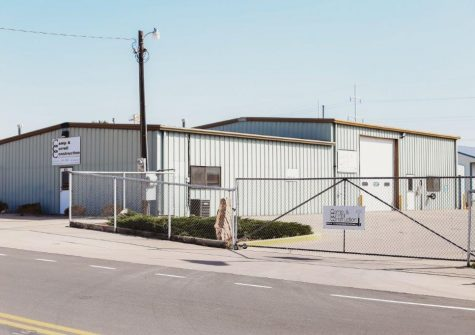 Excellent Commercial/Industrial Property!
